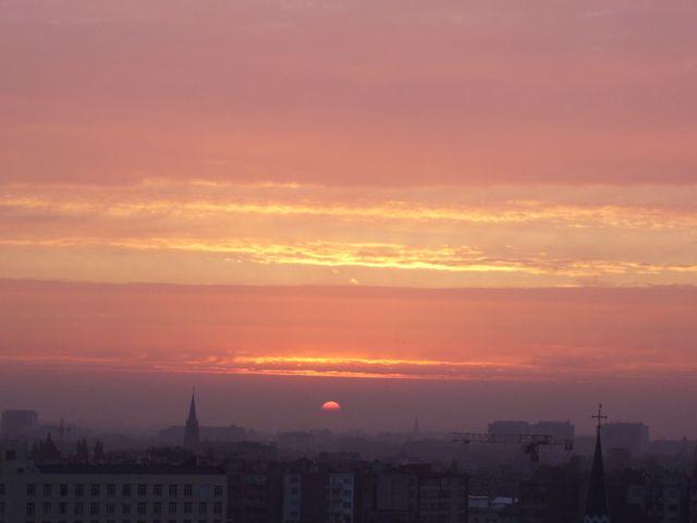 equinox morn over Antwerpen.jpg
